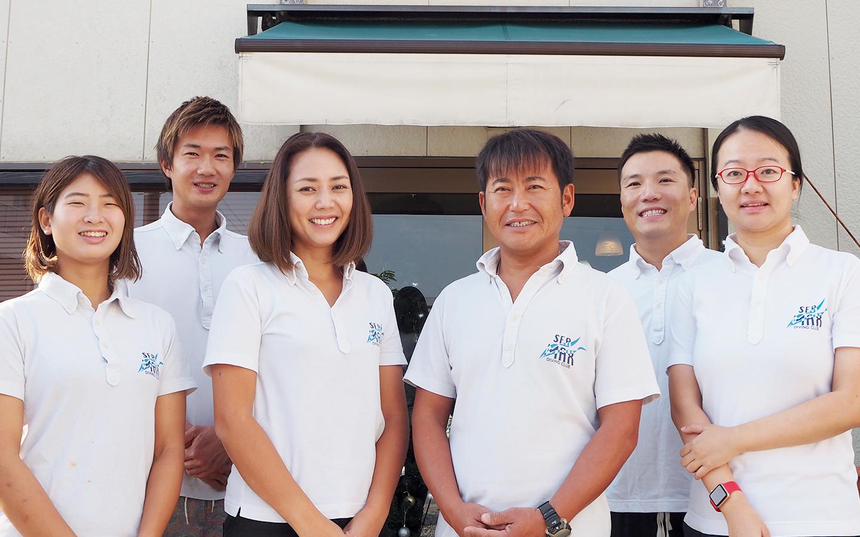 シーマックスダイビングクラブ沖縄のダイビングスタッフ