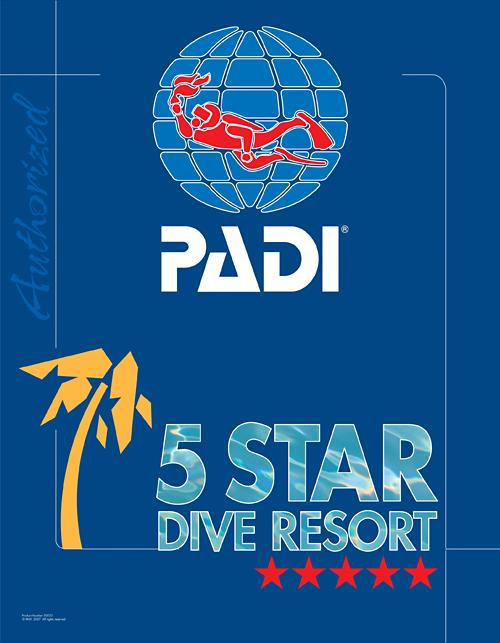 全世界で通用する「PADI Cカード」を発行しています