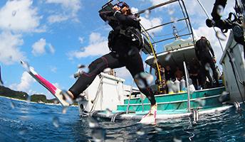 沖縄でPADI オープン・ウォーター・ダイバーになろう!
